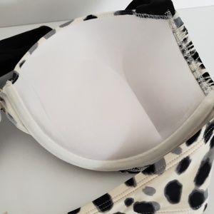 Victoria's Secret Swim - Victoria Secret Bathing Suit Top 36C